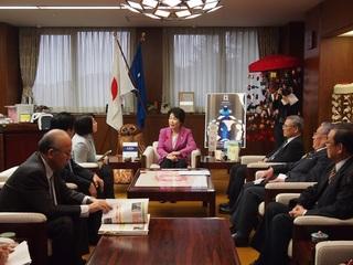 知事訪問写真.JPG